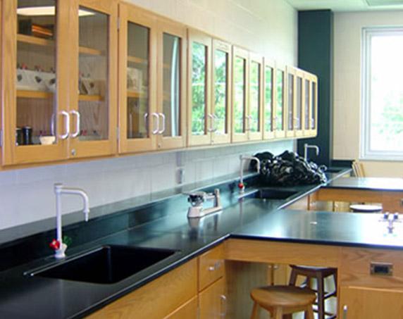 Science lab at Tampa Catholic High School