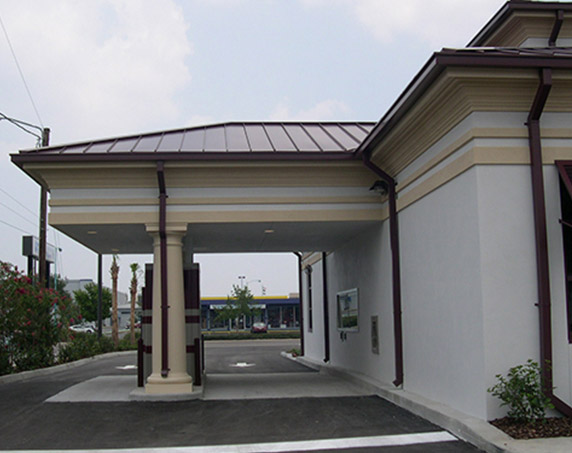 Drive-thru for a BB&T building