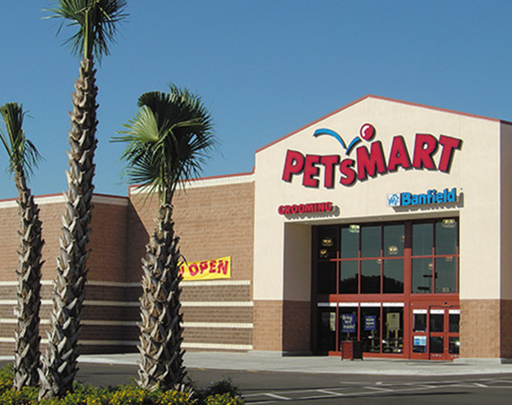 Exterior view of PetSmart at Clearwater Mall