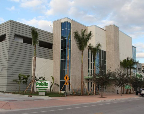 Entrance from parking garage at Publix at Downtown Doral