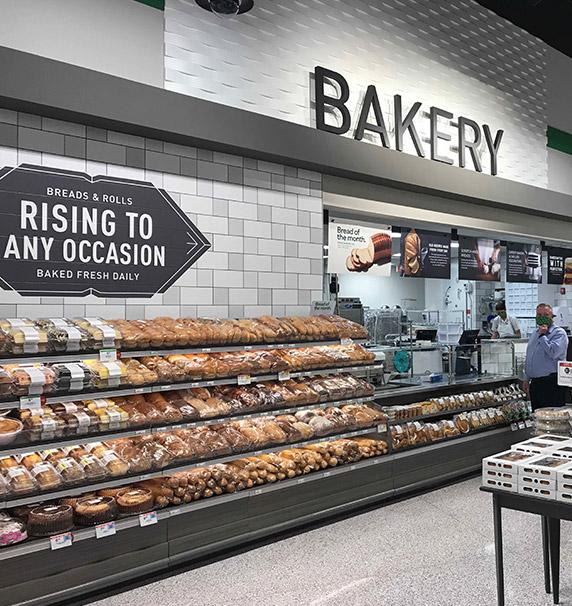 Bakery department at Publix Trailwinds Village