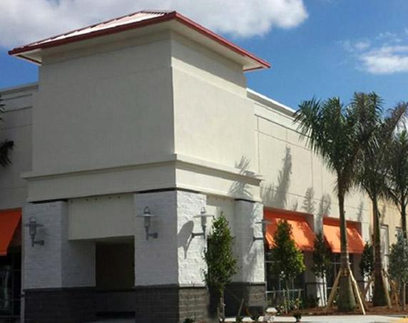 Exterior building at Tamiami Crossing
